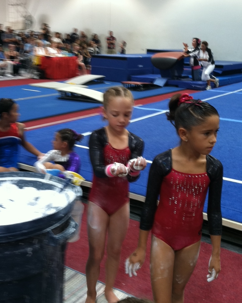 helendale single girls Flyers gymnastics in silver lakes, helendale,  the following flyers made aau southern california state meet june 4-5  get it girl flyers gymnastics in.